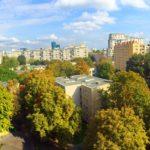 Czy Warszawa zmienia ludzi?