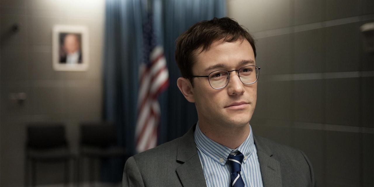 """Dramat kopiowania plików, czyli recenzja filmu """"Snowden"""""""
