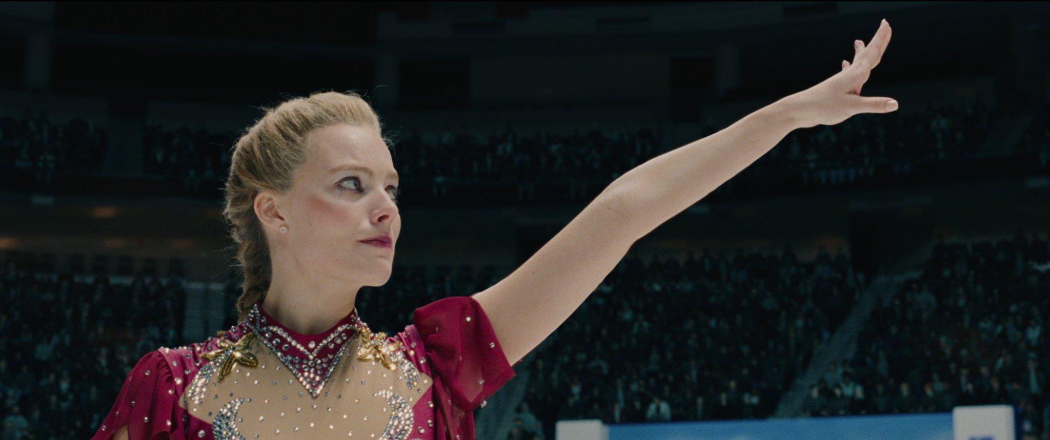 """Rednecki tańczą na lodzie – recenzja filmu """"Ja, Tonya"""""""