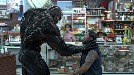 """Co za potworek! – recenzja filmu """"Venom"""""""