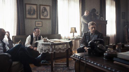 """Przesyłka nie do końca ekspresowa – recenzja filmu """"Kurier"""""""